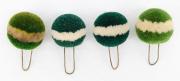 4 Pompons grün mit weissem Ring #2122