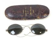 Brille mit Etui  #1121